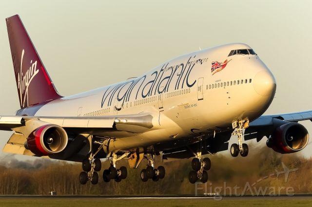 Boeing 747-200 (G-VAST)