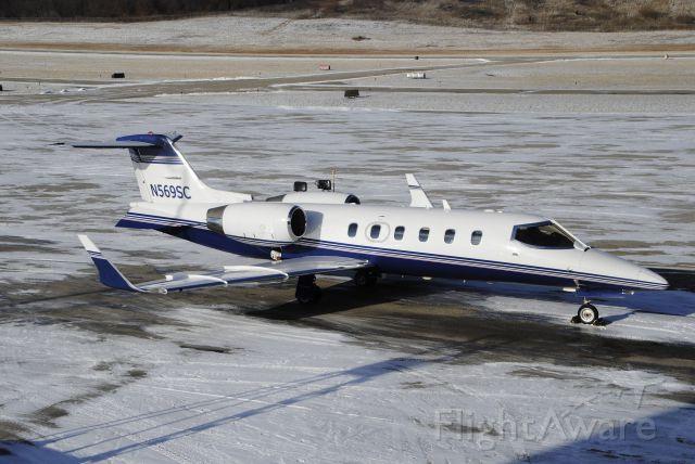 Learjet 45 (N569SC)