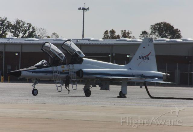 Northrop T-38 Talon (N906NA)