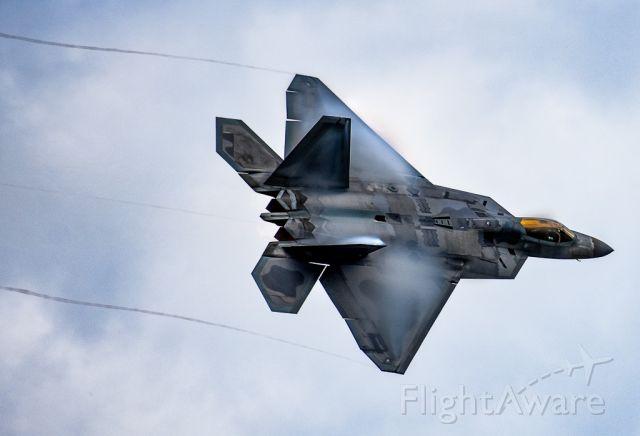Lockheed F-22 Raptor — - F22 raptor demo team doing its high speed pass at the 2018 vectren dayton airshow.