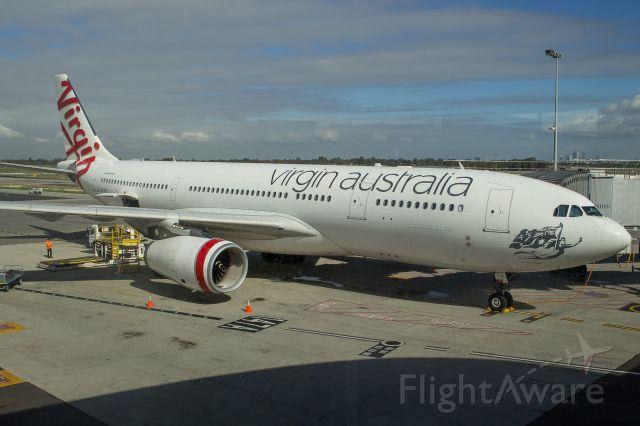 Airbus A330-200 (VH-XFG)