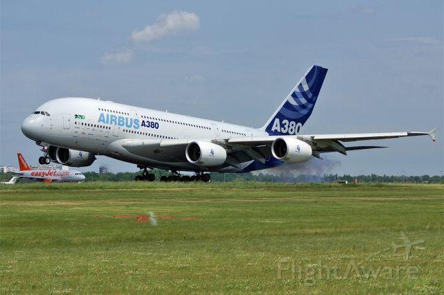 Airbus A380-800 (F-WWDD) - Airbus A380-861, Airbus Industrie, ILA 2010 Berlin Air Show, EDDB Airport Berlin-Schoenefeld, Germany, 11.June 2010