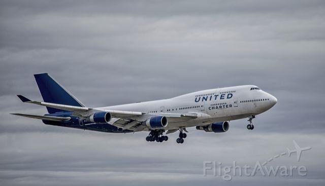 Boeing 747-200 (N194UA)