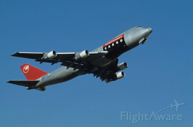 Boeing 747-200 (N629US) - Departure at Narita Intl Airport Rwy16 on 1990/11/12