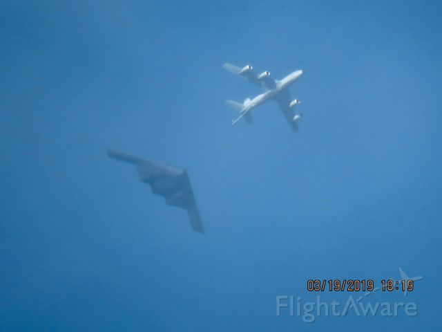 Northrop Spirit (93-1085) - 121st ARW  from the Ohio Air National Guard refueling a B2 Spirit
