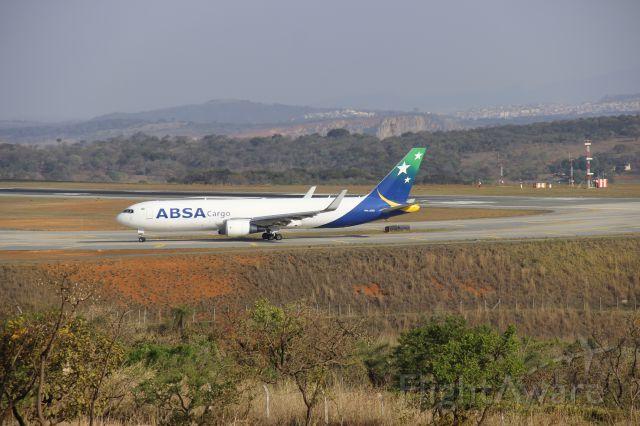 BOEING 767-300 (PR-ABD)