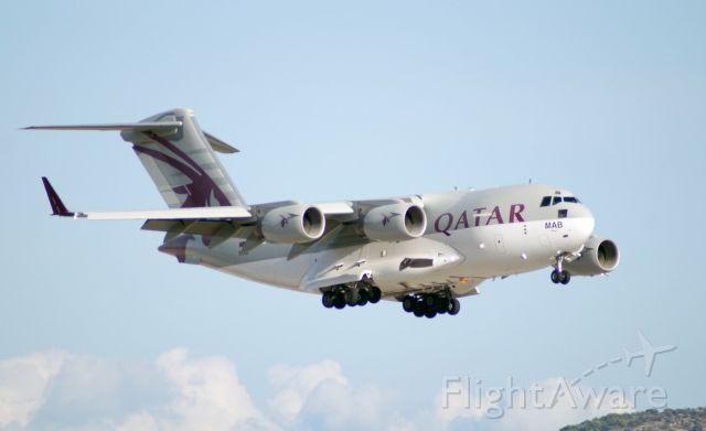 Boeing Globemaster III (A7-MAB) - Qatar Amiri Flight C17 ready to land in Athens