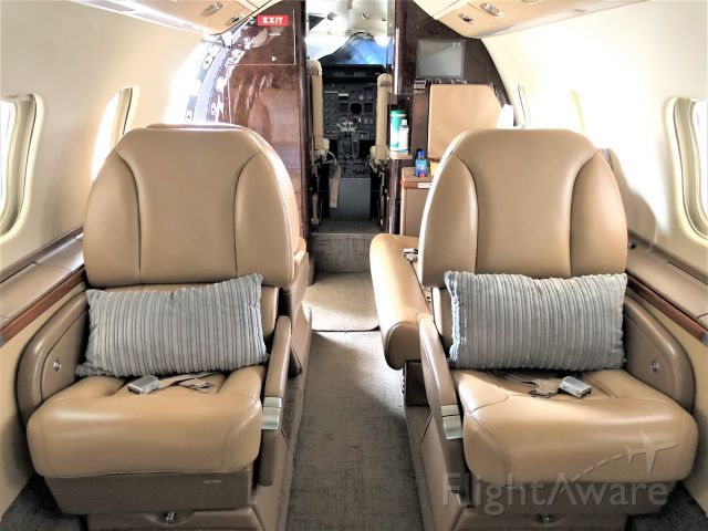 Learjet 60 (N60GF) - Interior cabin of N60GF at Lynx Aviation FXE