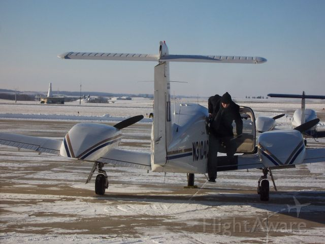 Piper PA-44 Seminole (N3104C) - Sitting on the ramp in Dubuque as the pilot prepares for departure