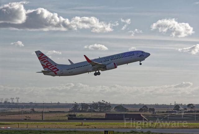 Boeing 737-800 (VH-VUD) - Taking off to Canberra, a rel=nofollow href=http://flightaware.com/live/flight/VHVUD/history/20160505/0520Z/YMML/YSCBhttp://flightaware.com/live/flight/VHVUD/history/20160505/0520Z/YMML/YSCB/a