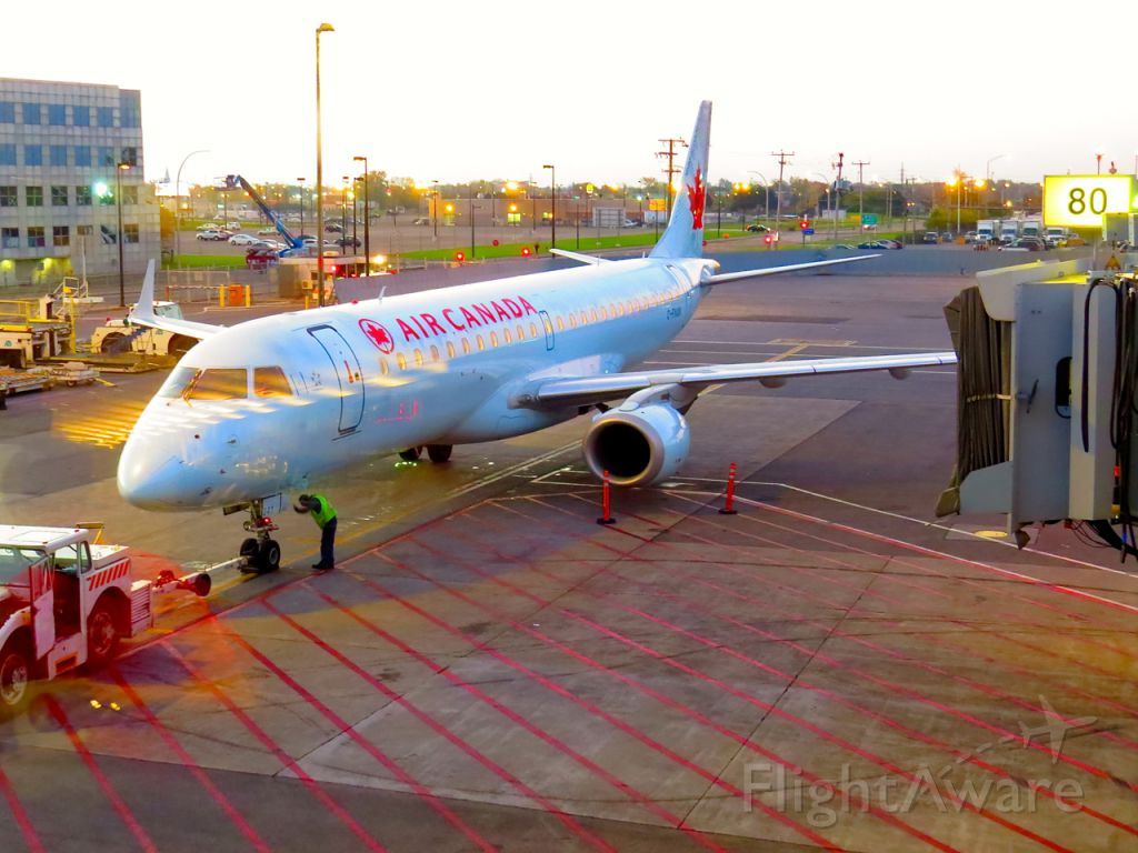 Embraer ERJ-190 (C-FNAN) - Getting ready for the flight to Denver on October 13