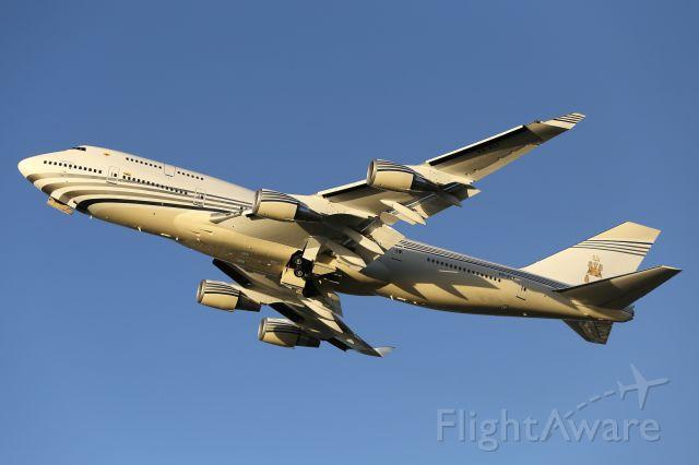Boeing 747-200 (V8-ALI) - V8-ALI, sporting a new livery.