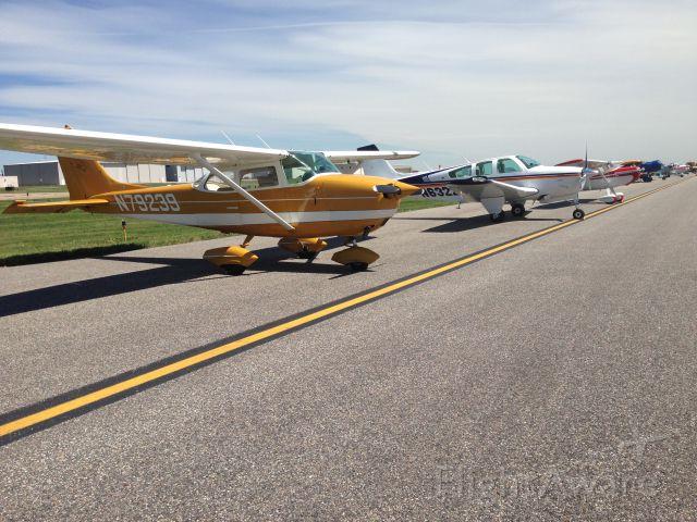 Cessna Skyhawk (N79239)