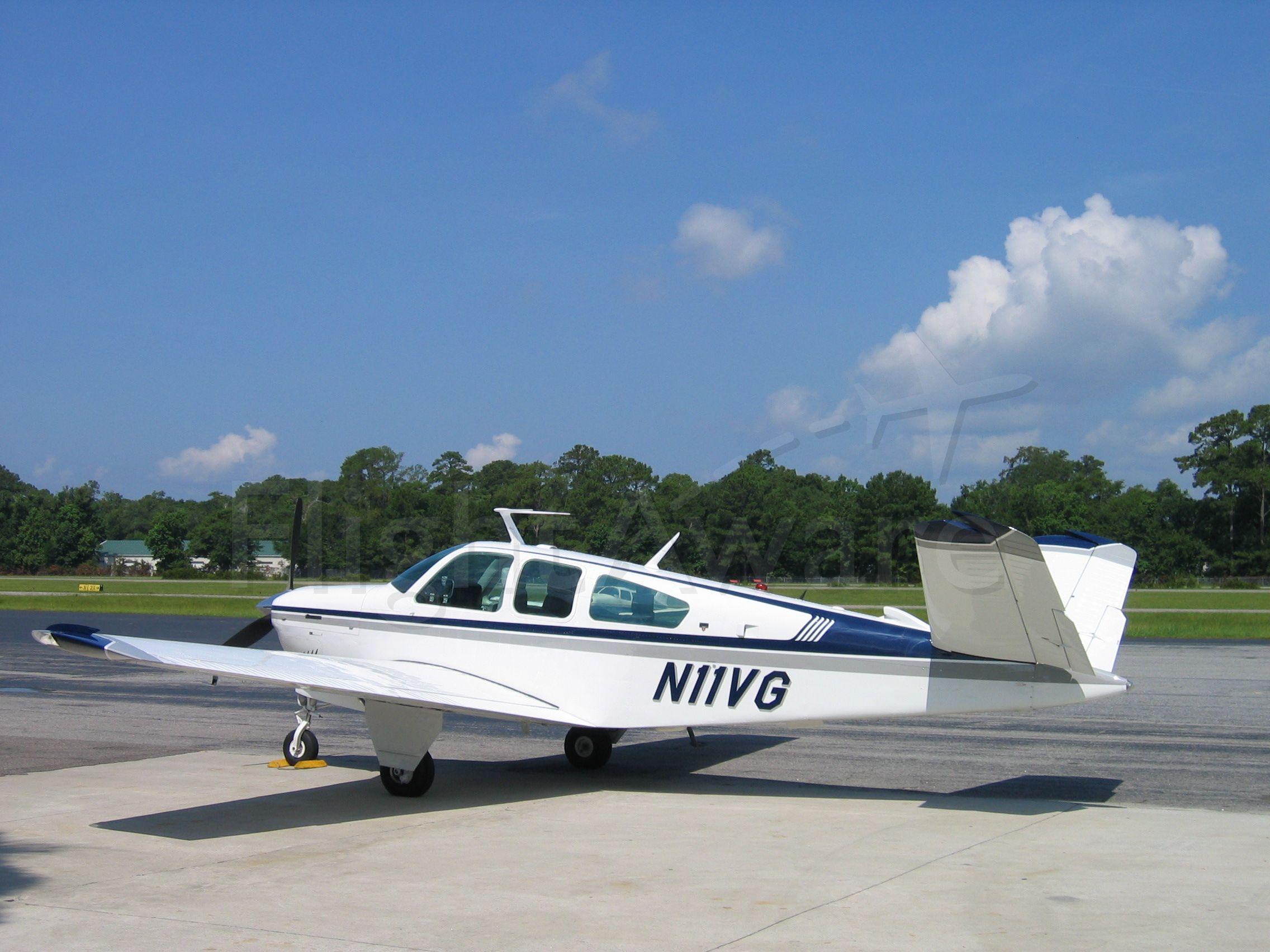 Beechcraft 35 Bonanza (N11VG) - 1976 V35B