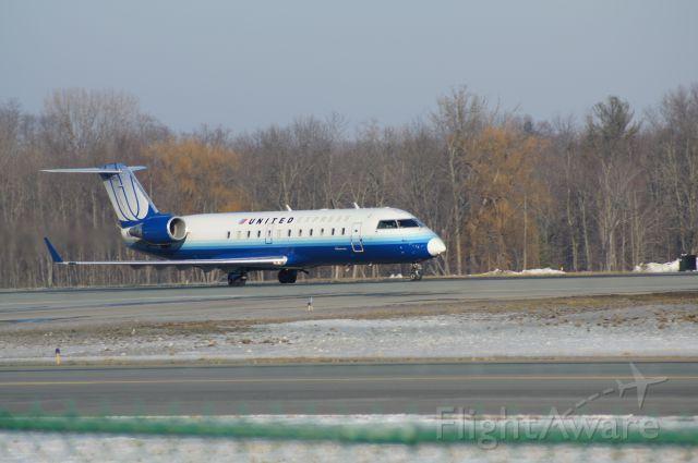 Canadair Regional Jet CRJ-200 (N834AS) - Taking off from RWY 19