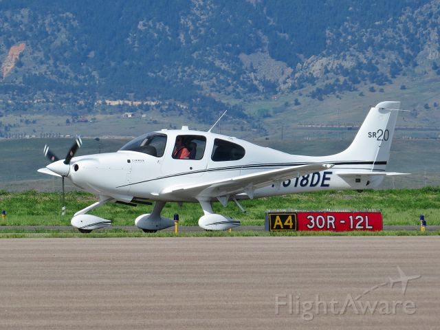 Cirrus SR-20 (N318DE)