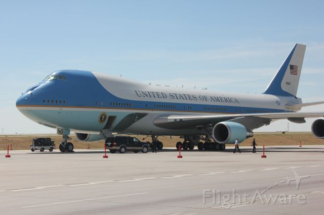 Boeing 747-200 (92-9000) - Air Force One at DIA.