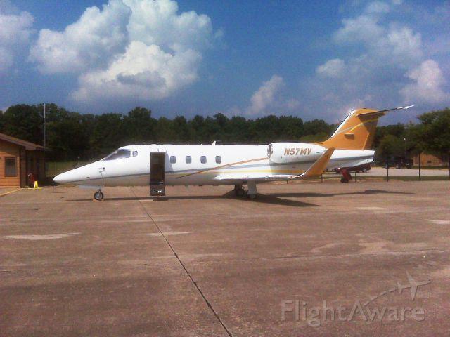 Learjet 55 (N57MV)