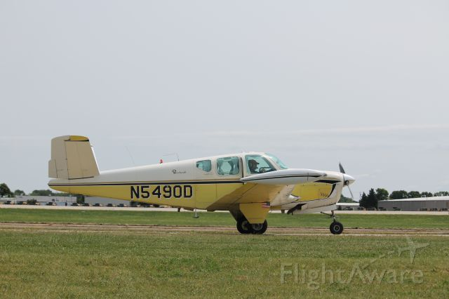 Beechcraft 35 Bonanza (N5490D)
