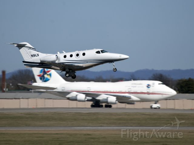 Beechcraft Premier 1 (N9LV) - Take off at Smyrna TN.