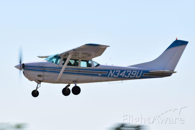 Cessna Skylane (N3439U)