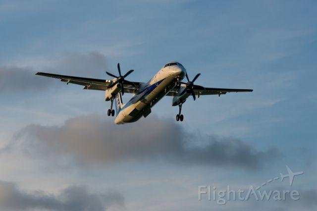 de Havilland Dash 8-200 (JA846A)