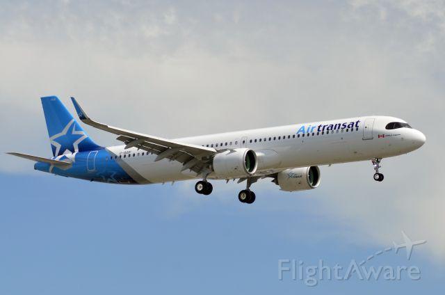 Airbus A321 (C-GOIF)