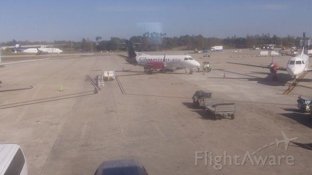— — - Silver Airways at MCO Orlando Internaional Airport