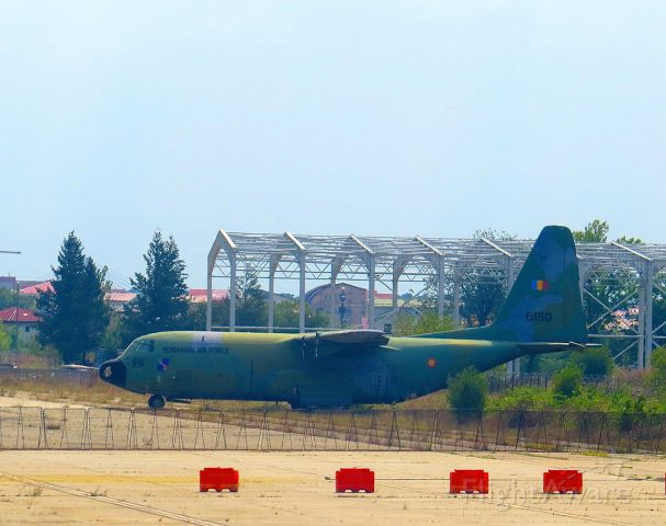 Lockheed C-130 Hercules — - Cannibalized for parts?