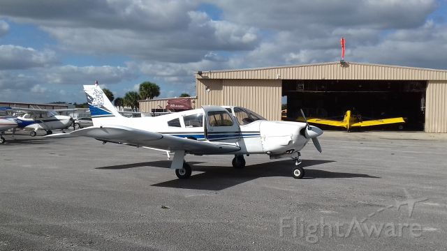 Piper Cherokee (N15684) - PA-28 @ North Perry Hollywood airport