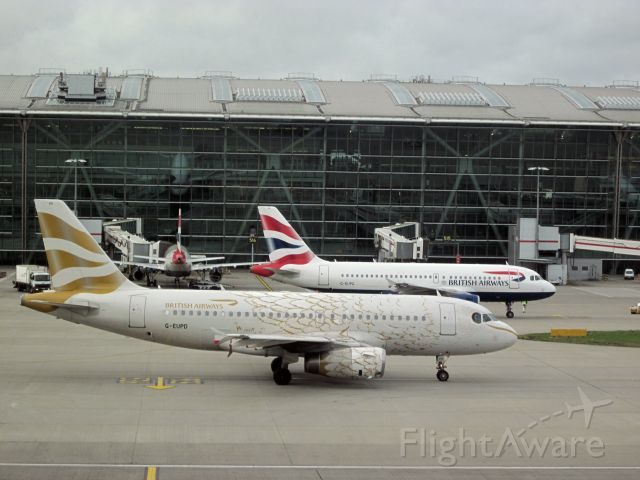 """Airbus A319 (G-EUPD) - """"Golden Feathers"""" livery"""