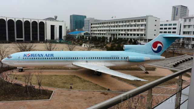 BOEING 727-200 (HL7350) - 2016/03/05<br />INHA TECHNICAL COLLEGE