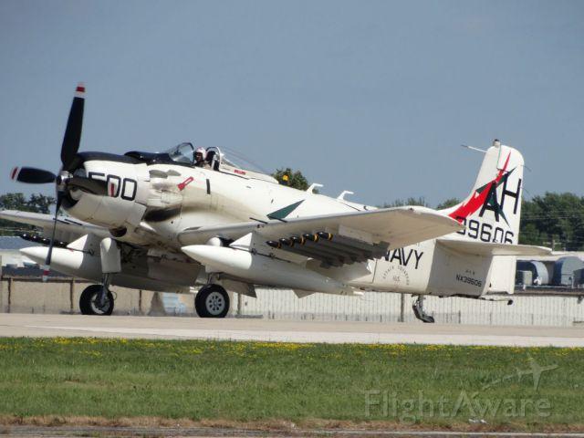 Douglas AD Skyraider (N39606)