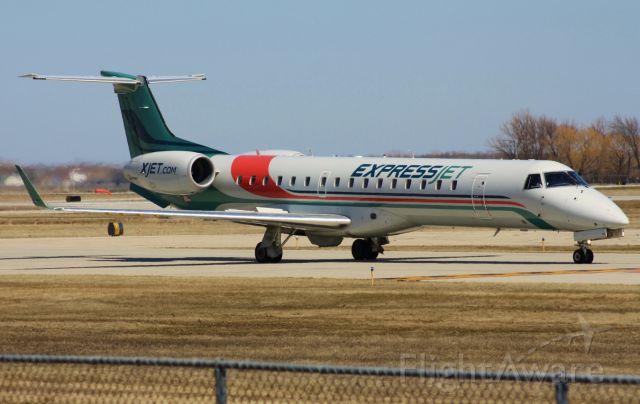 Embraer EMB-145XR (N12163)