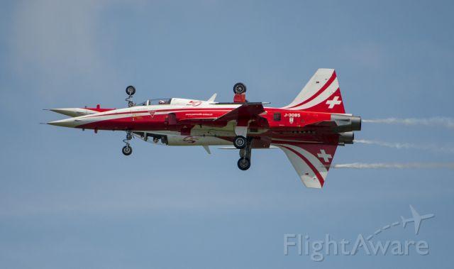 Northrop RF-5 Tigereye — - Swiss Air Force Aerobatic Team Patrouille Suisse: perfect match! This team is showing top aerobatics!