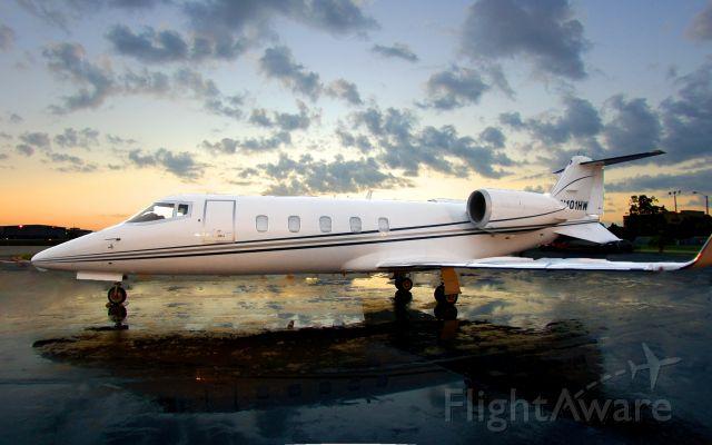 Learjet 60 (N101HW)