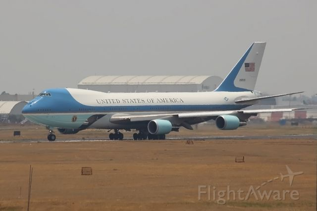 BOEING 747-300 (N29000) - Welcome to Mexico City Air Force One!!!!