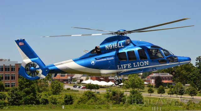 Eurocopter EC-155 (N916LL)