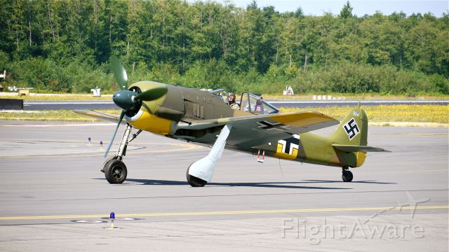 FOUR WINDS 192 (N19027) - Flying Heritage Collections Focke Wulf FW 190-A5 (Ser#0151227) taxis toward runway 34L for their fly day on 8/11/12.