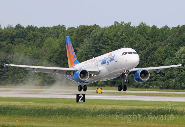 Airbus A320 (N221NV) - AAY1524 arriving at KTOL from Punta Gorda – PGD (Florida) on 12 Jun 2019.