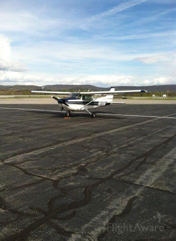 Cessna Skyhawk (N819CM)