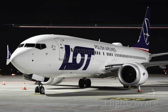 Boeing 737-800 (SP-LVF)