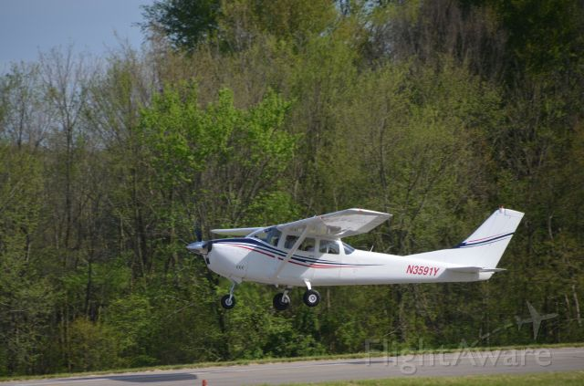 Cessna Skylane (N3591Y)