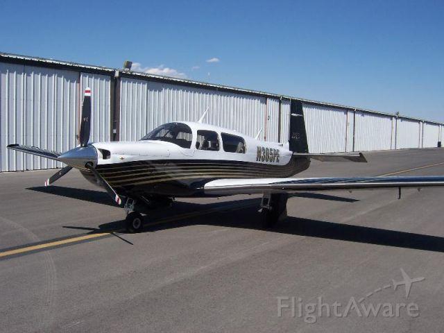 Mooney M-20 Turbo (N305PE)