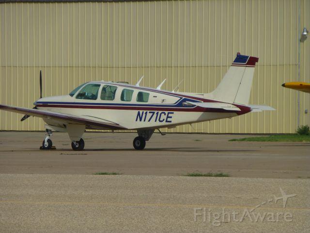 Beechcraft Bonanza (36) (N171CE)
