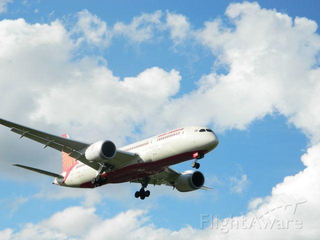 Boeing Dreamliner (Srs.8) (VT-ANN)