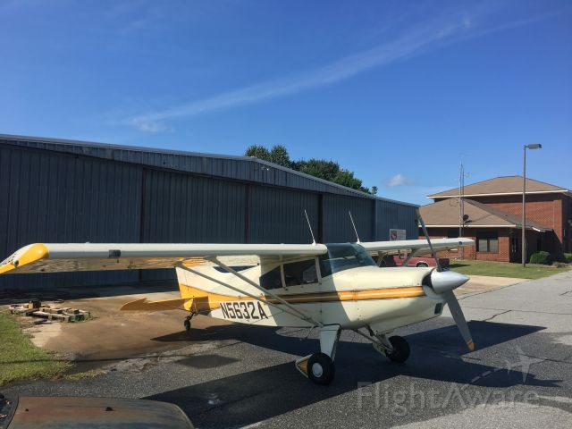 Cessna Skyhawk (N5632A)