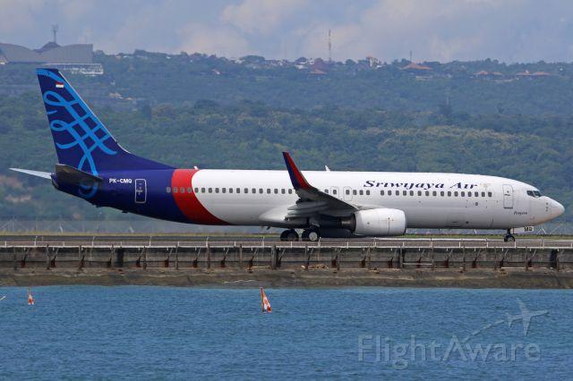 Boeing 737-800 (PK-CMQ)