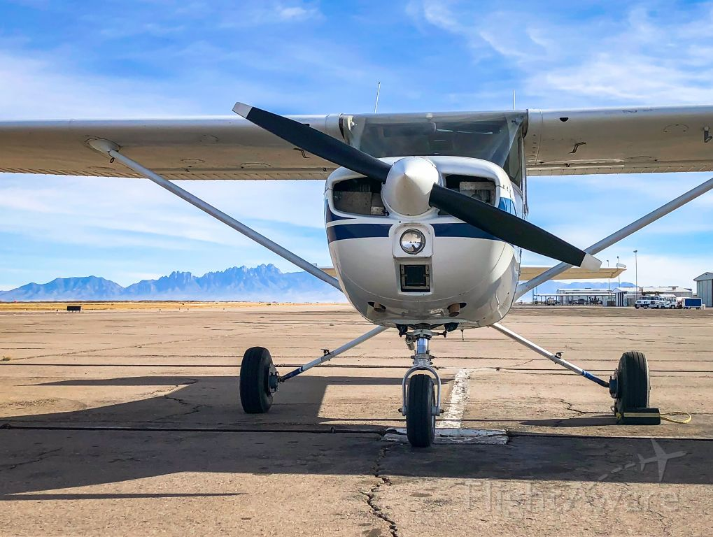 Cessna Commuter (N19410) - Fuel stop in Las Cruces