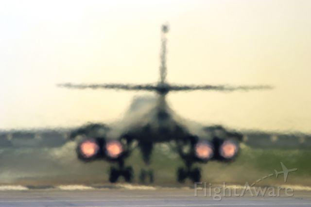 — — - Elsworth B-1B on departure ... TREMENDOUS heat!